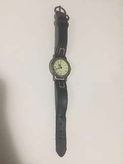 Vintage watch (needs battery replacement)