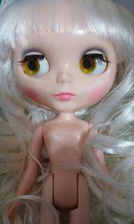 Blythe 裸娃連白色wig