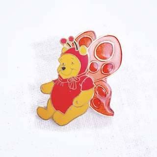 Disney Pin 迪士尼襟章 Winnie the Pooh 維尼小熊 - Butterfly 🦋 Costume