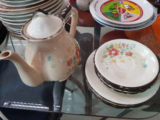 Teapot and plates