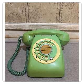 🚚 早期 * 600型 * 湖水綠老電話