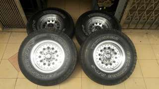 4x4 rim 15x8jj tayar at 31x10.5x15