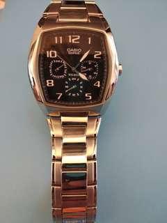 Casio 鋼帶錶