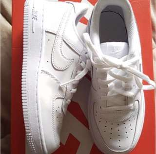 AUTHENTIC NEW NIKE AIR FORCE 1 ONE