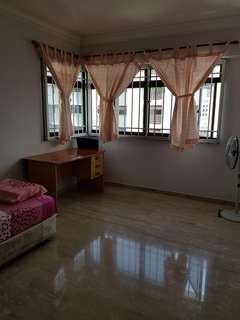 Big common room furnished near Duxton / Amara hotel