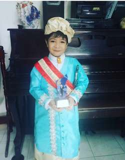 UNITED NATION COSTUME PANALONG BEST IN CUSTOME