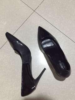 M&S Black Pointed Heels