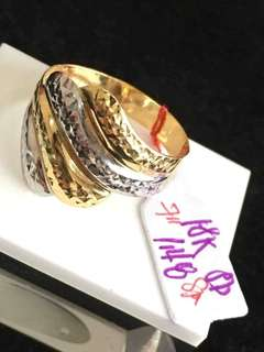 Two tone ladies ring 18k saudi gold