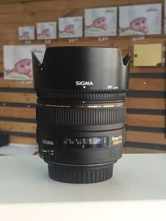 Sigma 30mm 1.4 EX DC HSM for Canon