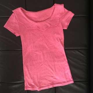 🚚 Planet行星粉色花瓣領合身上衣短袖T恤