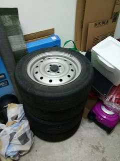 Spare tyre with rim pcd 100,tyre 175/65/14 (harga adalah sebiji)