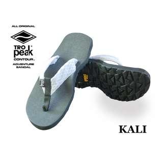 Tro Peak Slippers- Kali