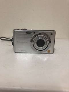 Digital Camera Panasonic FS 12