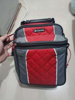 Original Columbia expandable and insulated lunchpack - original price 1700