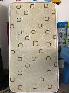 Coconut fiber mattress baby crib