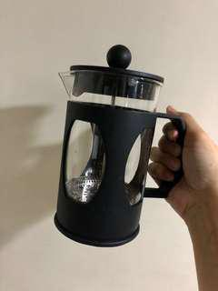 BRANDNEW COFFEE PRESSER