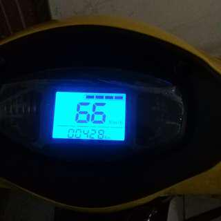 48 volts 24ah big baterry 66km top speed 2 weeks old