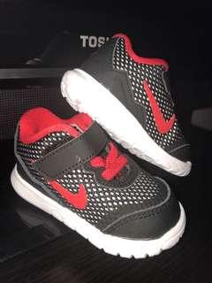 New! Original nike sneakers size 9cm
