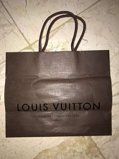 Louis Vuitton paperbag (S)