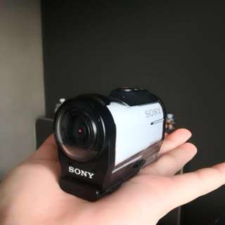 SONY HDR-AZ1 with Sony memory card 32gb(SONY ACTION CAM)