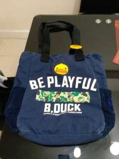 實用袋B Duck,新舊如圖