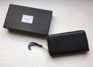 Herschel Leather Long Wallet 🔥