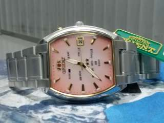 Orient Watch ~東方錶 automatic brand new,  original box , paper and hang tag.  NOS ,manufactured in 70's or 80's