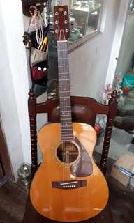 Yamaha Acoustic Guitar made in Japan