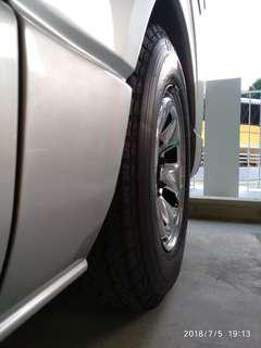 Hiace rims 2pcs only without tyre