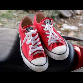 Converse classic Red (like new!) Ori 100% with box