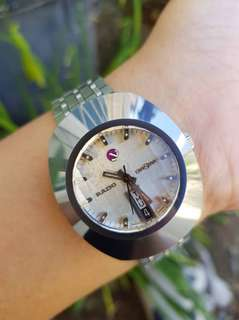 Brand name watches Second hand good condition.