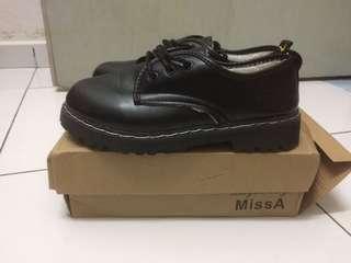 Martin Shoe