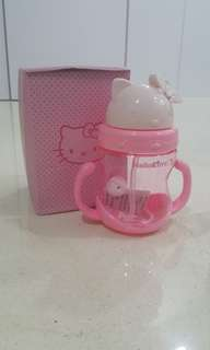 🚚 Hello Kitty Water Bottle For Baby