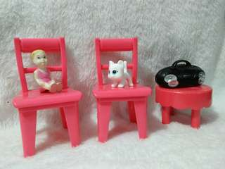 Take lot chair and accessories for barbie
