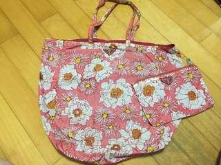 Prada 粉紅色購物袋