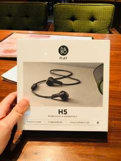 BNIB B&O Bang & Olufsen BeoPlay H5 wireless bluetooth earphones