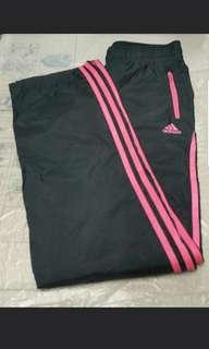 "(Size:S/腰28""/長38"")正版Adidas女裝運動長褲(專門店購買/只穿過一次99%新)"