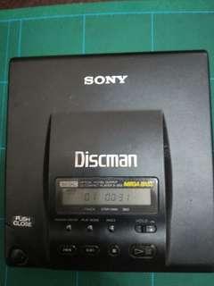 請出價 Sony 頂級 Discman D 515303 2部一齊賣 讀到精神到不得了