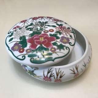 🚚 🌺印花瓷蓋盒🌺封存4️⃣0️⃣年的全新瓷蓋盒