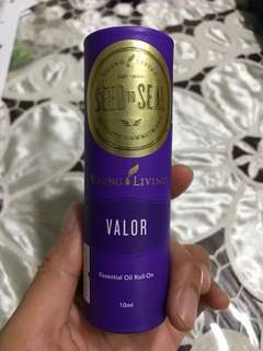 🚚 Valor Essential Oil Roll-On