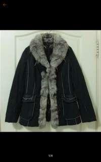 日本專櫃白貂毛撲棉外套 很美哦近新(9)