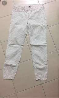 WOMAN PROMO WHITE PANTS WITH LIGHT GREY STRIPES #july50