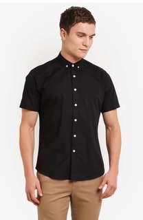 Contrast button textured shirt