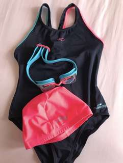 Nabaiji Swimming Suit Set (8-9Y)