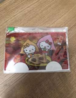 Hello kitty card or coin holder