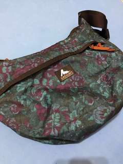 Gregory 藍花斜揹袋 GREGORY SATCHEL M (BLUE TAPESTRY)