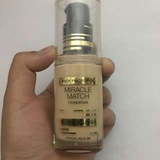 Max Factor Miracle Match Foundation in Crystal Beige 33
