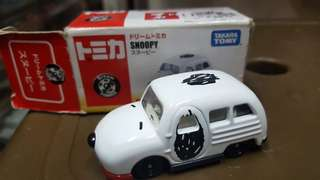 TOMICA SNOOPY CARS