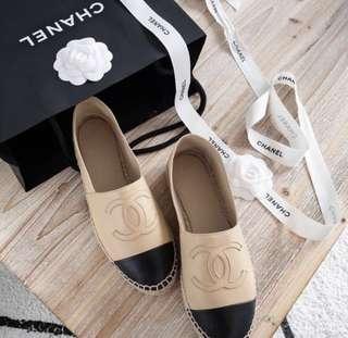 接近全新正品Chanel經典色黑杏色漁夫鞋