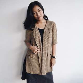 Square Motif Outer